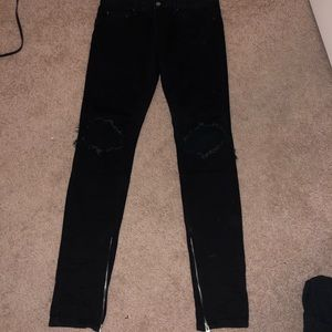 MNML stretch zipper denim—-size 32—worn 2x